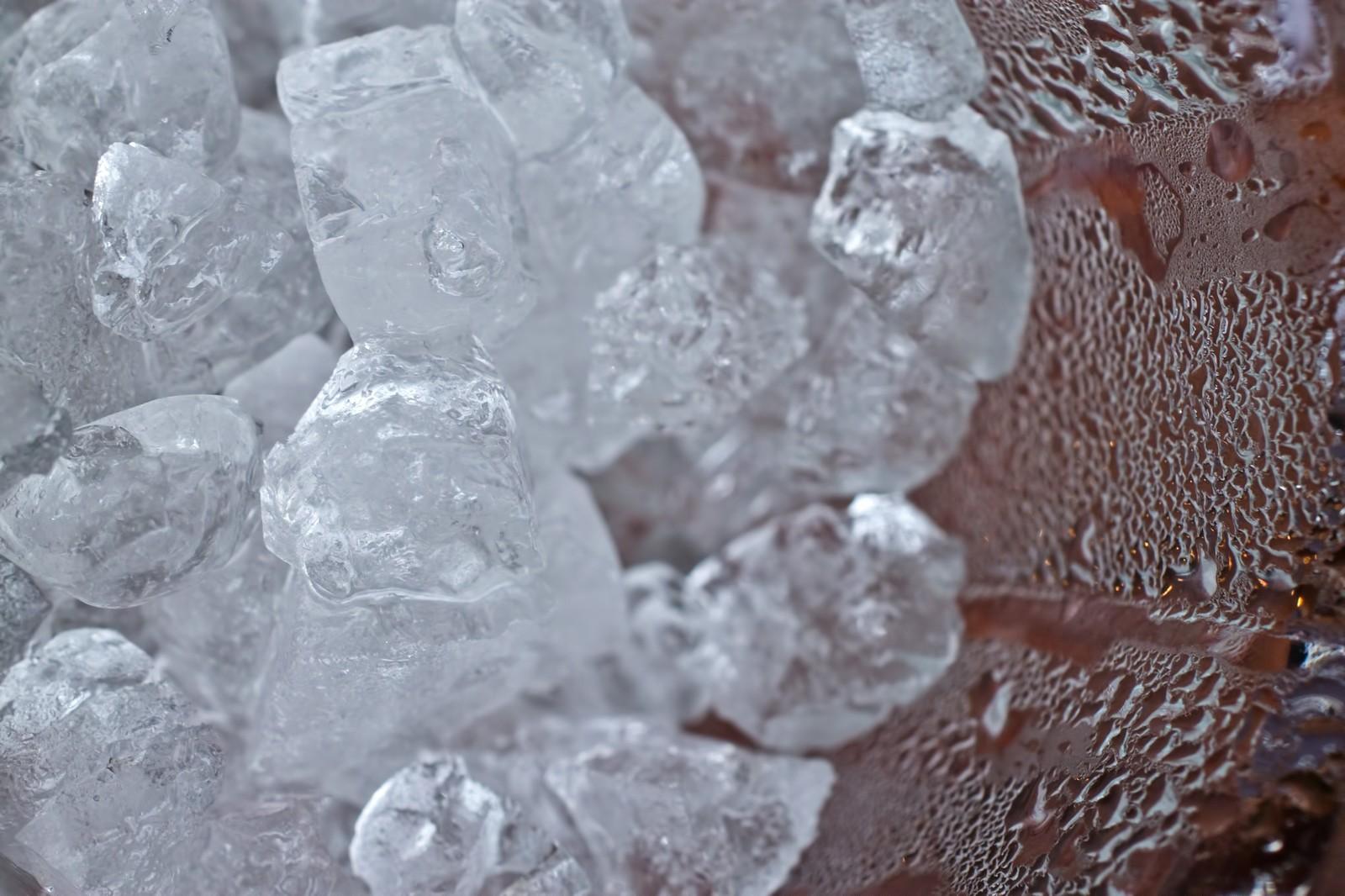 自由研究氷の解け方