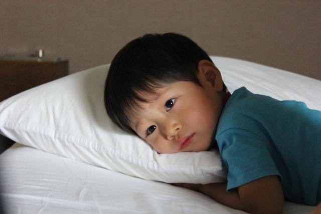 インフルエンザ一緒の部屋で寝る